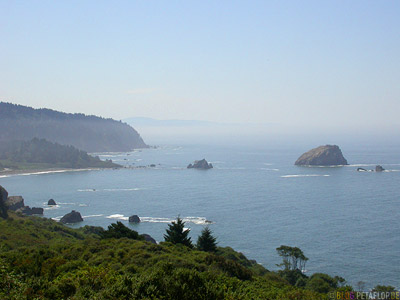 California-Coast-near-Crescent-City-Kalifornien-Kueste-USA-DSCN4094.jpg