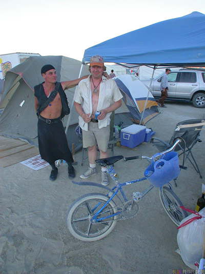 Chad-and-Todd-from-Seattle-Burning-Man-2007-Saturday-Samstag-Black-Rock-Desert-Nevada-USA-DSCN4513.jpg