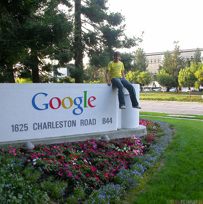 Google-Headquarter-Company-Nameplate-Corporate-Logo-Writing-Firmenschild-Silicon-Valley-Mountain-View-California-Kalifornien-USA-DSCN5344.jpg