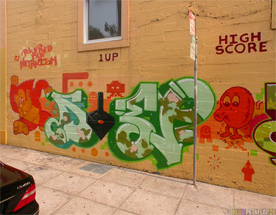Graffiti-writing-Piece-Schriftzug-Donkey-Kong-Q-Bert-Joystick-SF-San-Francisco-California-Kalifornien-USA-DSCN5160.jpg