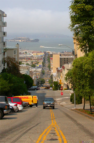 Hyde-Street-Alcatraz-view-from-hill-SF-San-Francisco-California-Kalifornien-USA-DSCN5170.jpg