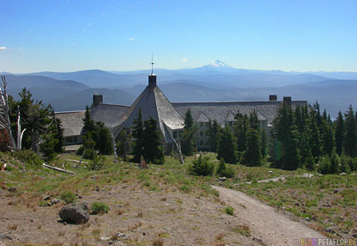 Mt-Mount-Hood-Timberline-Lodge-backside-outside-Hotel-from-the-movie-Shining-Mount-Jefferson-in-the-background-Portland-Oregon-USA-DSCN3857.jpg