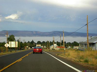 Scenery-Road-Sandstorm-Sandsturm-Highway-395-near-Eagleville-California-Kalifornien-USA-DSCN4337.jpg