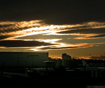 Sunset-Sky-over-Boeing-Abendhimmel-Sonnenuntergang-Seattle-Washington-USA-DSCN3686.jpg