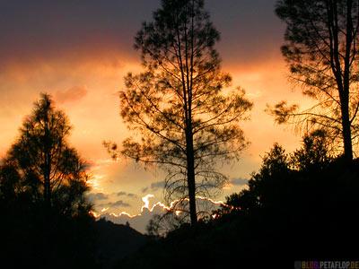 Sunset-Sonnenuntergang-Abendhimmel-evening-sky-Shasta-Trinity-NRA-California-Kalifornien-USA-DSCN4239.jpg