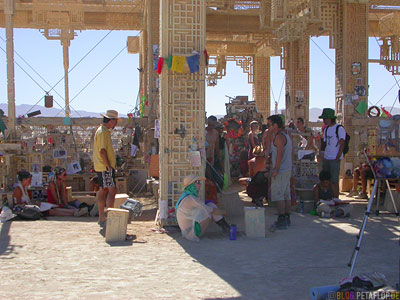 Temple-Playa-Burning-Man-2007-Black-Rock-Desert-Nevada-USA-DSCN4695.jpg