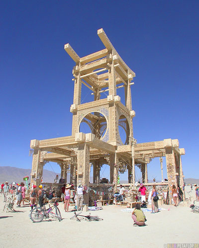 Temple-Playa-Burning-Man-2007-Black-Rock-Desert-Nevada-USA-DSCN4696.jpg