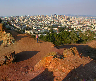 View-from-Corona-Heights-Hill-SF-Skyline-San-Francisco-California-Kalifornien-USA-DSCN5139.jpg