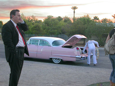 Cadillac-Marriage-Hochzeit-Elvis-Presley-Imitator-Las-Vegas-Nevada-USA-DSCN5980.jpg