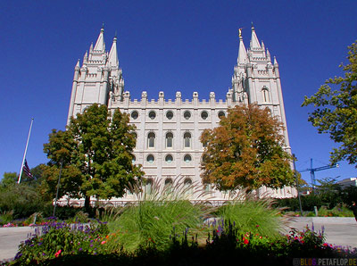 Church-of-Jesus-Christ-of-Latter-day-Saints-Mormon-Temple-Mormonen-Tempel-Square-Salt-Lake-City-Utah-USA-DSCN6669.jpg