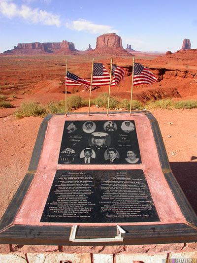 Ericson-Cly-Memorial-Monument-Valley-Arizona-USA-DSCN6444.jpg