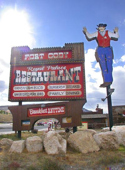 Fort-Cody-Royal-Palace-Restaurant-Cody-Wyoming-USA-DSCN6941.jpg