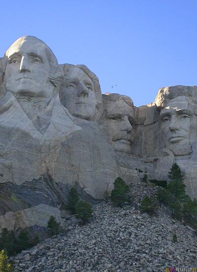 four-presidents-George-Washington-Thomas-Jefferson-Theodore-Roosevelt-Abraham-Lincoln-Mount-Rushmore-National-Memorial-Keystone-South-Dakota-USA-DSCN7161.jpg