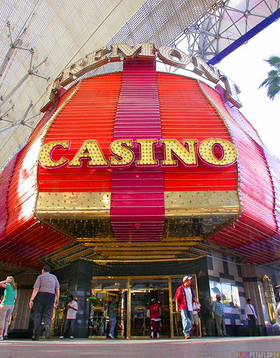 Fremont-Casino-Sky-Parade-Fremont-Street-Las-Vegas-Nevada-USA-DSCN5928.jpg