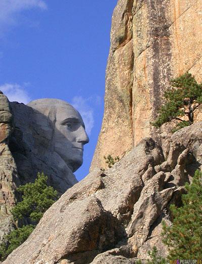 George-Washington-Mount-Rushmore-National-Memorial-Keystone-South-Dakota-USA-DSCN7155.jpg