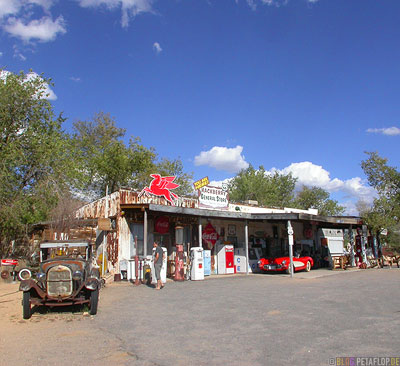 Hackberry-General-Store-Route-66-Arizona-USA-DSCN6176.jpg