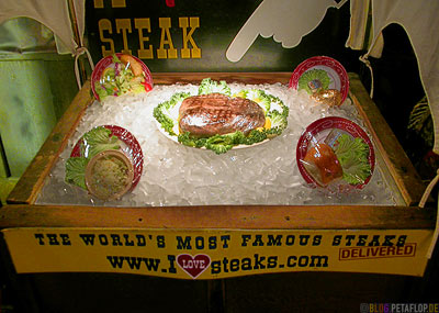 Home-of-the-free-72-oz-Steak-Big-Texan-Steak-Ranch-House-Steakhaus-old-route-66-Amarillo-Texas-USA-DSCN7311.jpg