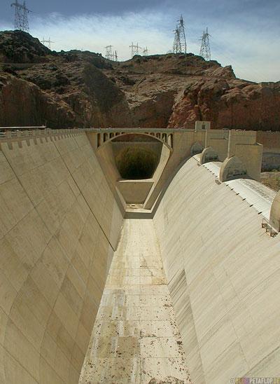 Hoover-Dam-Damm-Staudamm-Arizona-Nevada-USA-DSCN6137.jpg