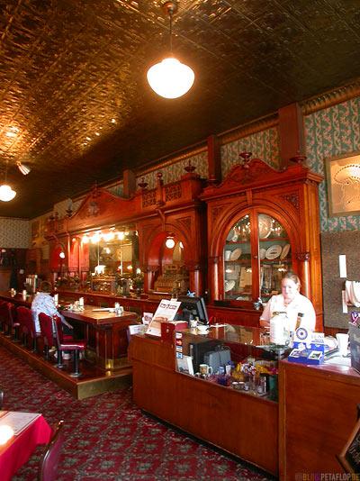 Irma-Irmas-Hotel-Restaurant-Bar-british-queen-present-for-buffalo-Bill-Cody-Wyoming-USA-00243.jpg