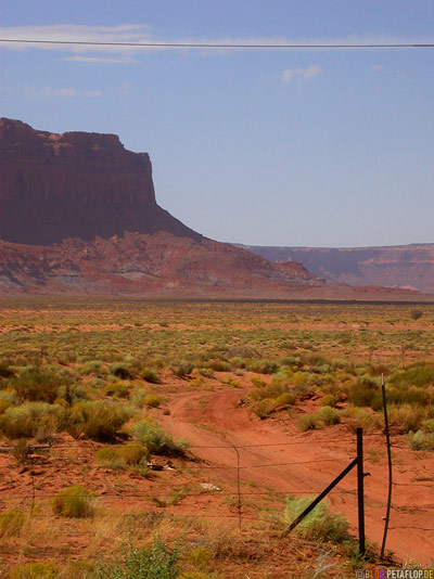 Monument-Valley-Arizona-USA-DSCN6396.jpg