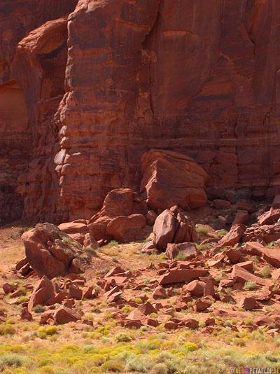 Monument-Valley-Arizona-USA-DSCN6405.jpg