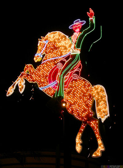 Neon-Museum-Cowboy-Horse-Fremont-Street-Fremont-East-District-Las-Vegas-Nevada-USA-DSCN6060.jpg