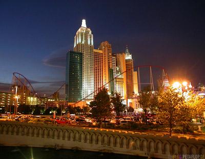 New-York-New-York-Hotel-Casino-Roller-Coaster-Achterbahn-Las-Vegas-Nevada-USA-DSCN6020.jpg