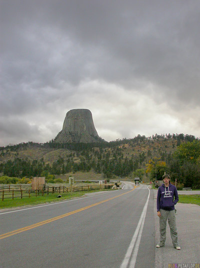 Park-Entrance-Nationalpark-Eingang-Devils-Tower-National-Monument-Close-Encounters-Begegnung-der-dritten-Art-Wyoming-USA-00390.jpg