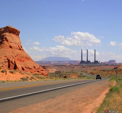 Powerplant-Kraftwerk--Page-Arizona-USA-DSCN6388.jpg