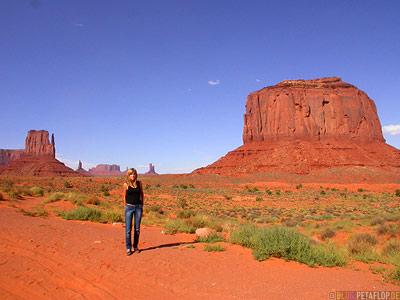 red-rocks-rote-Felsen-Monument-Valley-Arizona-USA-DSCN6424.jpg