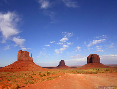 red-rocks-rote-Felsen-Monument-Valley-Arizona-USA-DSCN6526.jpg