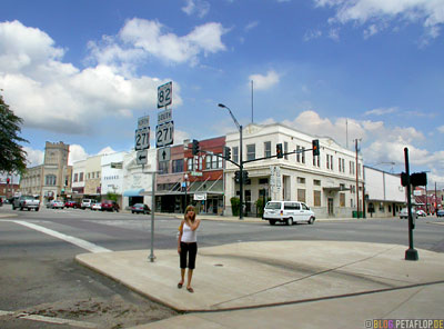 downtown-main-street-paris-texas-tx-usa-DSCN7716.jpg
