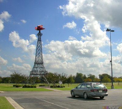 ford-taurus-sel-landmark-wahrzeichen-cowboyhut-statson-cowboy-hat-Eiffel-tower-tour-deiffel-eiffelturm-paris-texas-tx-usa-DSCN7706.jpg