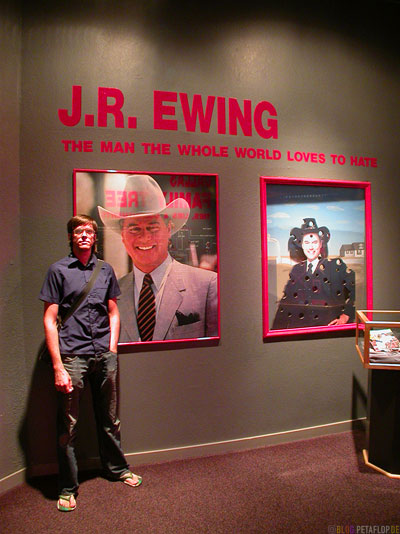 J-R-Ewing-The-Man-the-whole-world-loves-to-hate-Dallas-Legends-Exhibit-Museum-Southfork-Ranch-Dallas-TV-series-Serie-Dallas-Texas-TX-USA-DSCN7554.jpg