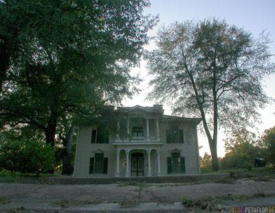 victorian-house-viktorianisches-haus-wim-wenders-paris-texas-tx-usa-DSCN7659.jpg