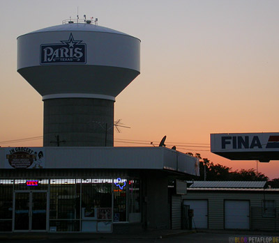 water-tower-wasserturm-Fina-gas-station-tankstelle-sunset-downtown-city-wim-wenders-paris-texas-tx-usa-DSCN7680.jpg