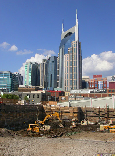 bellsouth-bell-south-batman-bat-building-site-baustelle-Nashville-Tennessee-TN-USA-DSCN7998.jpg