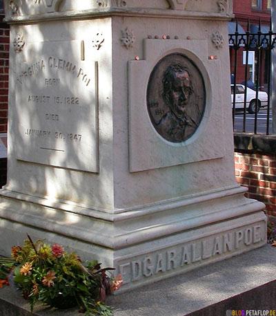 Burial-Place-Gravestone-tombstone-Grabstein-Grabstein-Edgar-Allan-Poe-Baltimore-Maryland-USA-DSCN8408.jpg