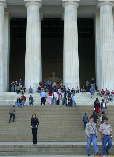 columns-Saeulen-stairs-Treppen-Abraham-Lincoln-Memorial-National-Mall-Washington-DC-USA-DSCN8320.jpg
