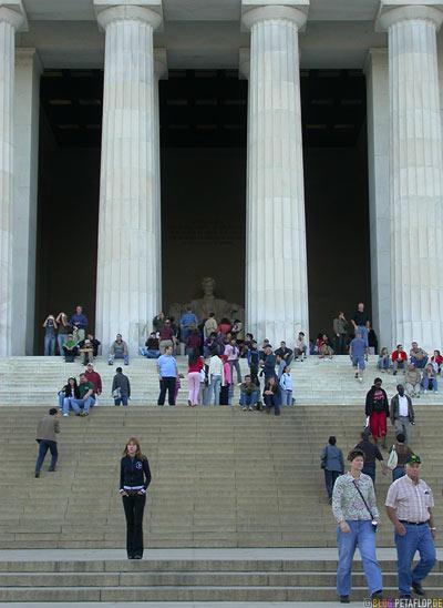 columns-Saeulen-stairs-Treppen-Abraham-Lincoln-Memorial-National-Mall-Washington-DC-USA-DSCN8320.jpg