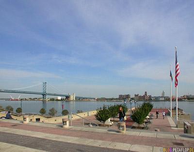 delaware-river-harbour-Hafen-Philadelphia-Pennsylvania-USA-DSCN8436.jpg