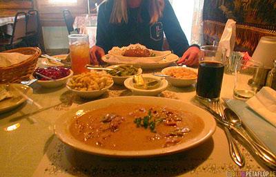 ertraenktes-Jaegerschnitzel-Edelweiss-German-Restaurant-deutsches-Staunton-Virginia-VA-USA-DSCN8208.jpg