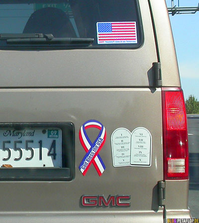 God-Bless-America-Ten-Commandments-Zehn-Gebote-Auto-Aufkleber-Ribbon-car-Stickers-GMC-Baltimore-Maryland-USA-DSCN8400.jpg
