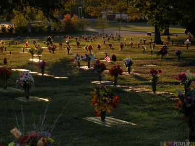 grave-Grab-graveyard-woodlawn-cemetary-Hendersonville-Nashville-Tennessee-TN-USA-DSCN8081.jpg