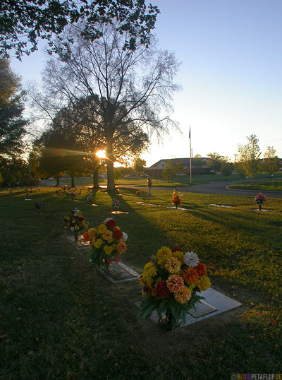 grave-Grab-graveyard-woodlawn-cemetary-Hendersonville-Nashville-Tennessee-TN-USA-DSCN8108.jpg