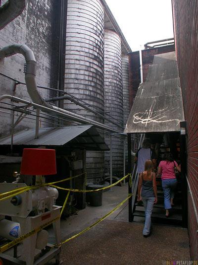 Jack-Daniels-Whiskey-Distillery-Visitor-Center-Lynchburg-Tennessee-TN-USA-DSCN8019.jpg