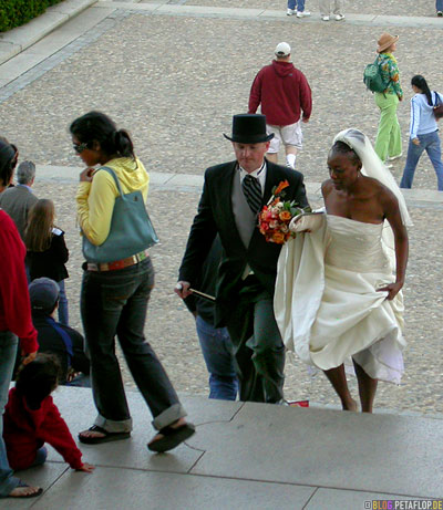 marriage-black-white-schwarz-weiss-interracial-multikulti-ehe-hochzeit-stairs-Treppen-Abraham-Lincoln-Memorial-National-Mall-Washington-DC-USA-DSCN8335.jpg