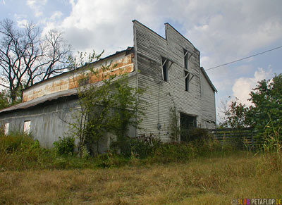 Old-shed-barn-alte-Scheune-Lynchburg-Tennessee-TN-USA-DSCN8063.jpg