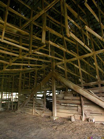 Old-shed-barn-alte-Scheune-Lynchburg-Tennessee-TN-USA-DSCN8067.jpg