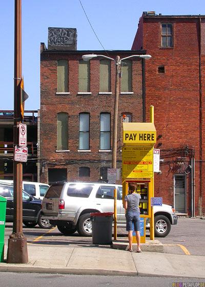 parking-lot-pay-here-parkautomat-debt-wisp-graffiti-Nashville-Tennessee-TN-USA-DSCN7989.jpg
